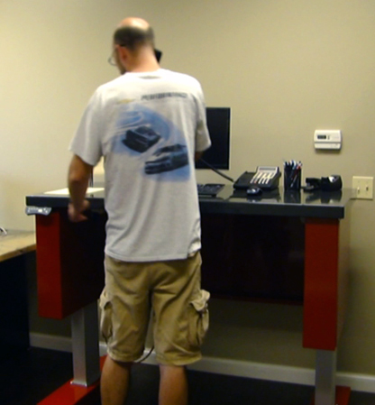 Sit-Stand Standing Desk from Service Line Inc.